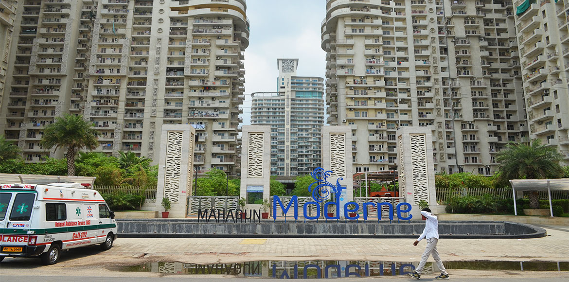 Mahagun Moderne: AOA refutes allegation of locking out residents late at night