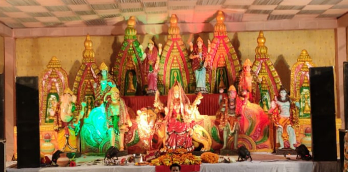 Noida: Express View Apartments celebrates Durga Puja with cultural activities
