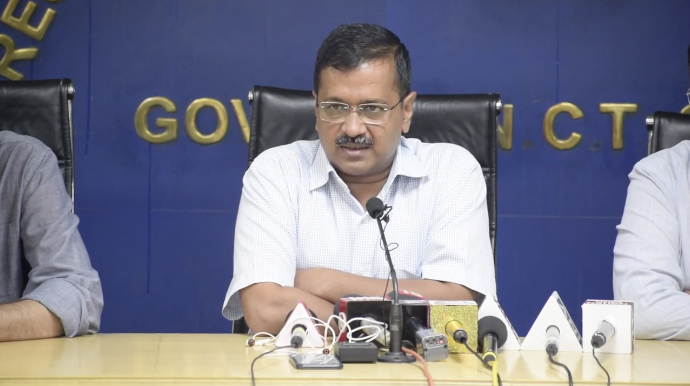 Kejriwal announces mega plan to improve state of roads