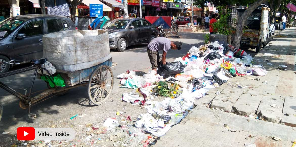 Garbage piles in Dwarka expose SDMC's war on plastic