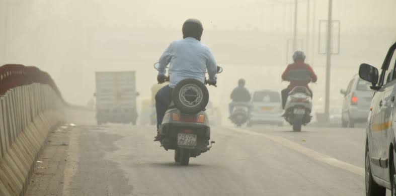 Air quality slips into 'severe' category in De