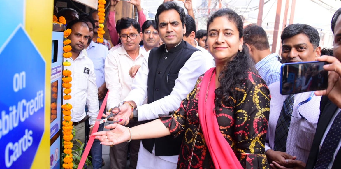 Noida Authority opens plastic bottles crusher machine at Sec 18