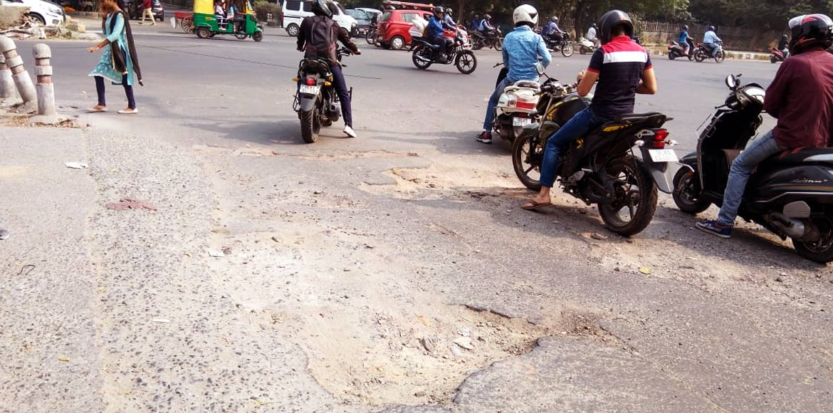 Confusion over maintenance authority leaves Dwarka roads in a bad shape