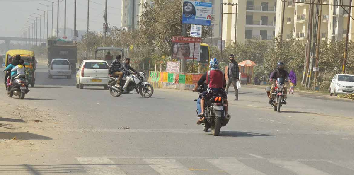 Noida Authority acts: Accident prone juncture under traffic control