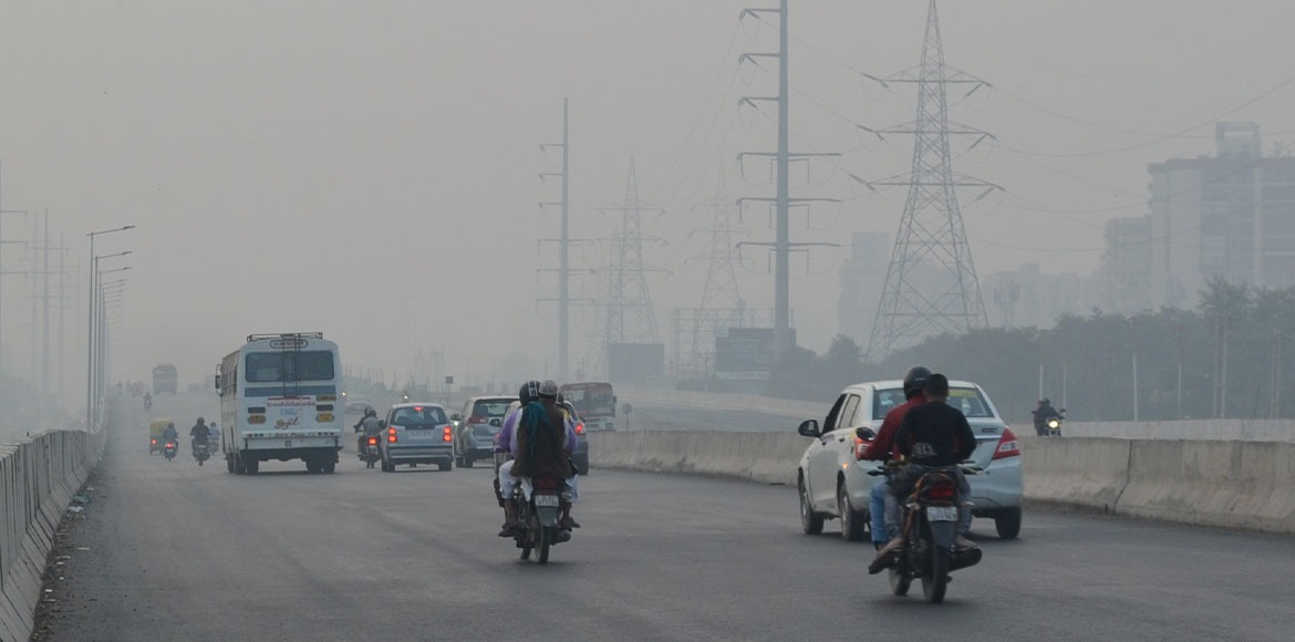 Delhi's AQI remains in 'very poor' category on Sat