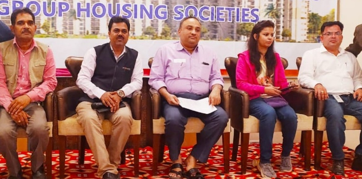 Multipoint connection: NPCL conducts awareness session at societies