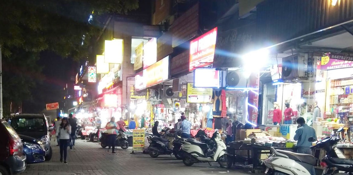 Dwarka: Shabby state of busy market tells a story