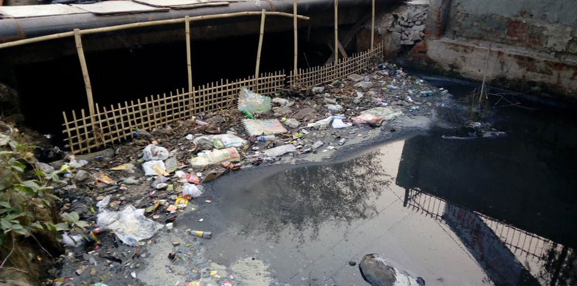 Noida drains will choke no more, bamboo screens to filter out non-degradables