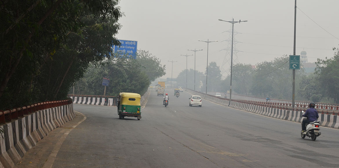 Delhi gasps for clean air as AQI deteriorates again on Tuesday