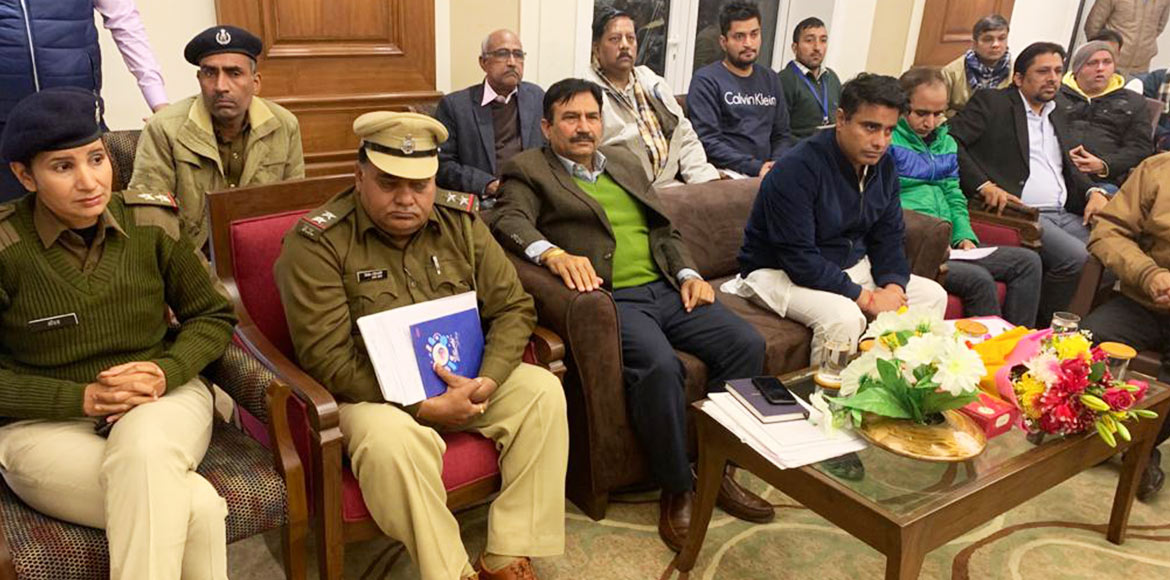 New Gurugram residents meet MLA over their civic w
