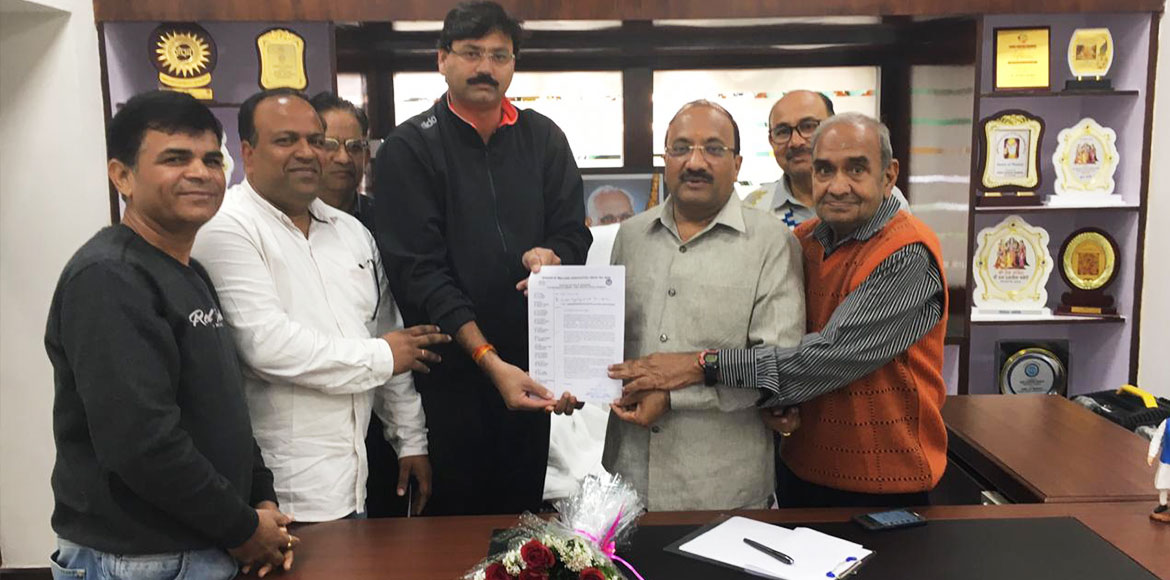 MLA assures Sector 5 over extension of central park
