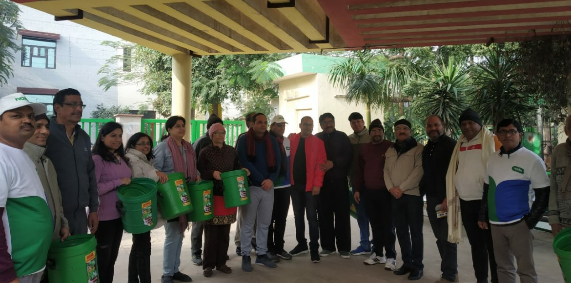 Cleanliness kits distributed in Noida during sanit
