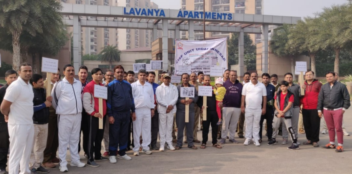 Vipul Lavanya, CISF joined hands for clean environs
