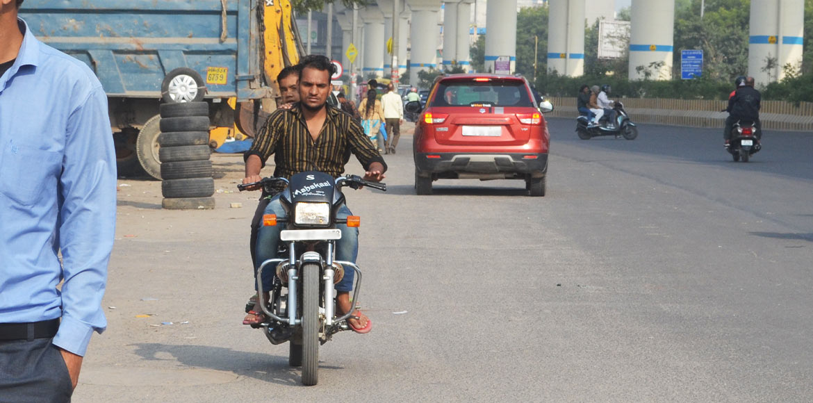 Noida-GreNo traffic violators prove hard nut to crack