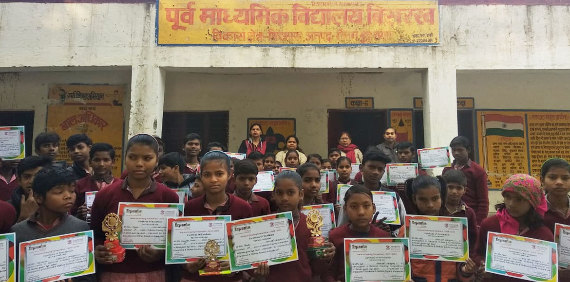 Painting contest: Prizes given away to winning schoolchildren
