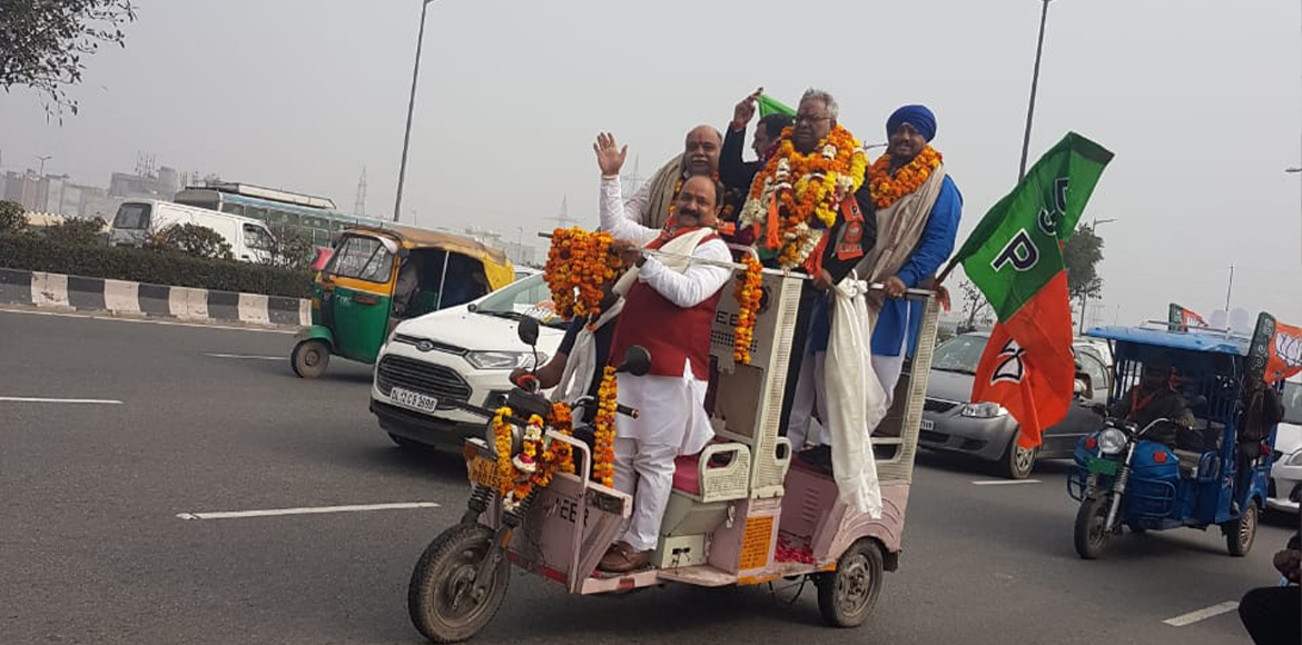 BJP candidate rides e-rickshaw to file nomination