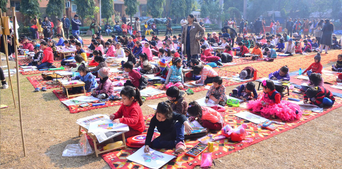 On-the-spot painting competition held at Narwana Apartment