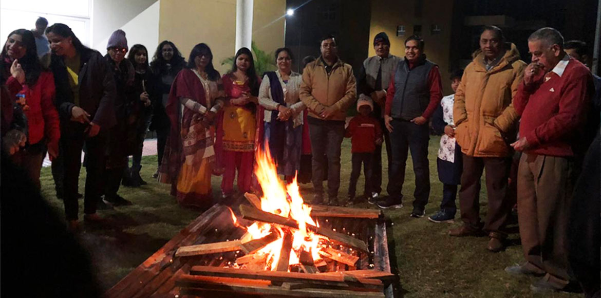 Societies in Gurugram come together to celebrate Lohri