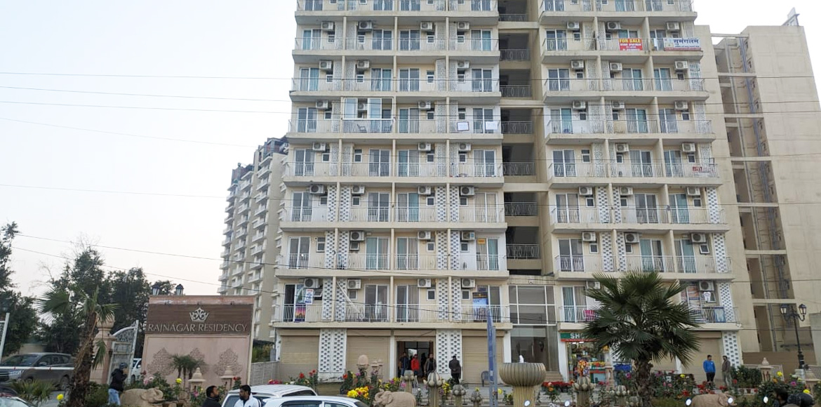 GDA seals 64 flats of Raj Residency encroaching EWS space