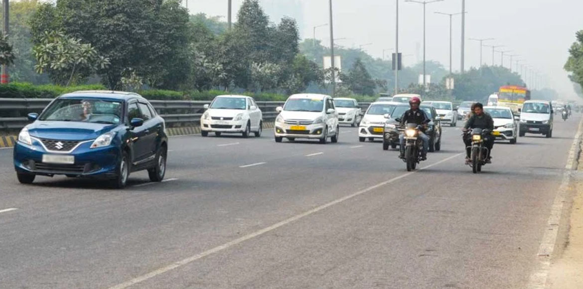Three main roads to be made signal free in Noida;