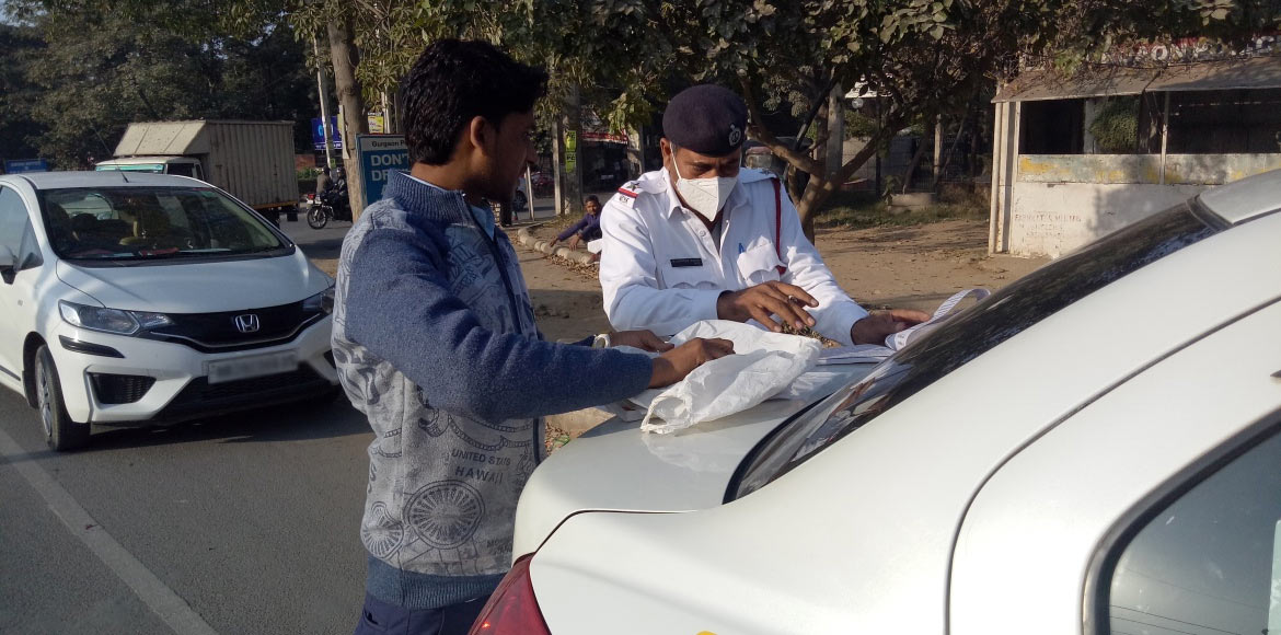Gurugram traffic cops challan 286 in road safety drive