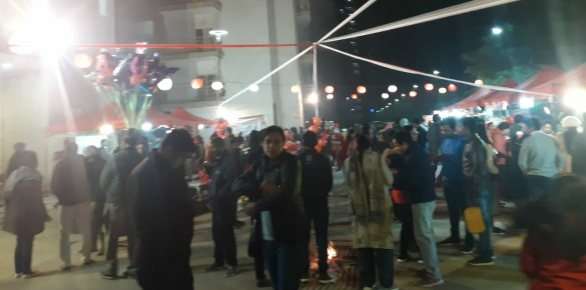 Residents enjoy new year carnival at Antriksh Golf View 2