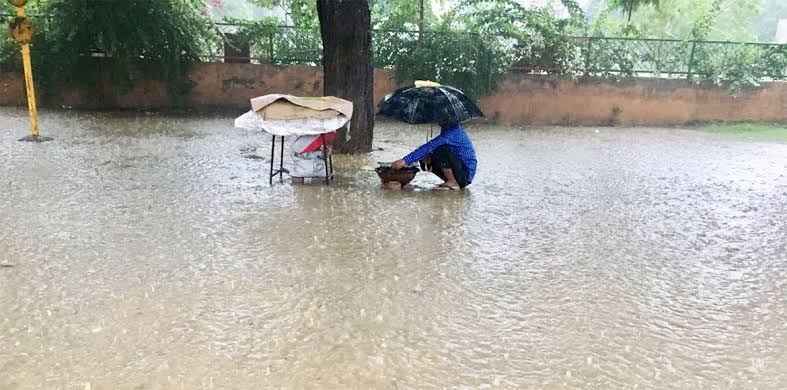 Westerlies line up four wet days for Delhi this we