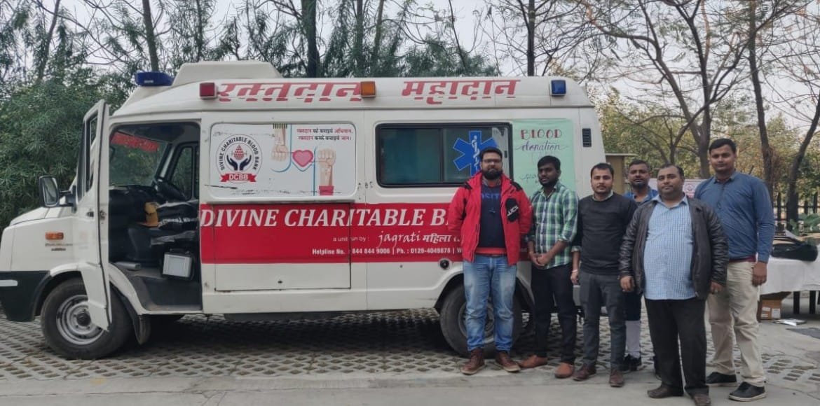 Prateek Laurel stands up for blood donation on R-Day eve