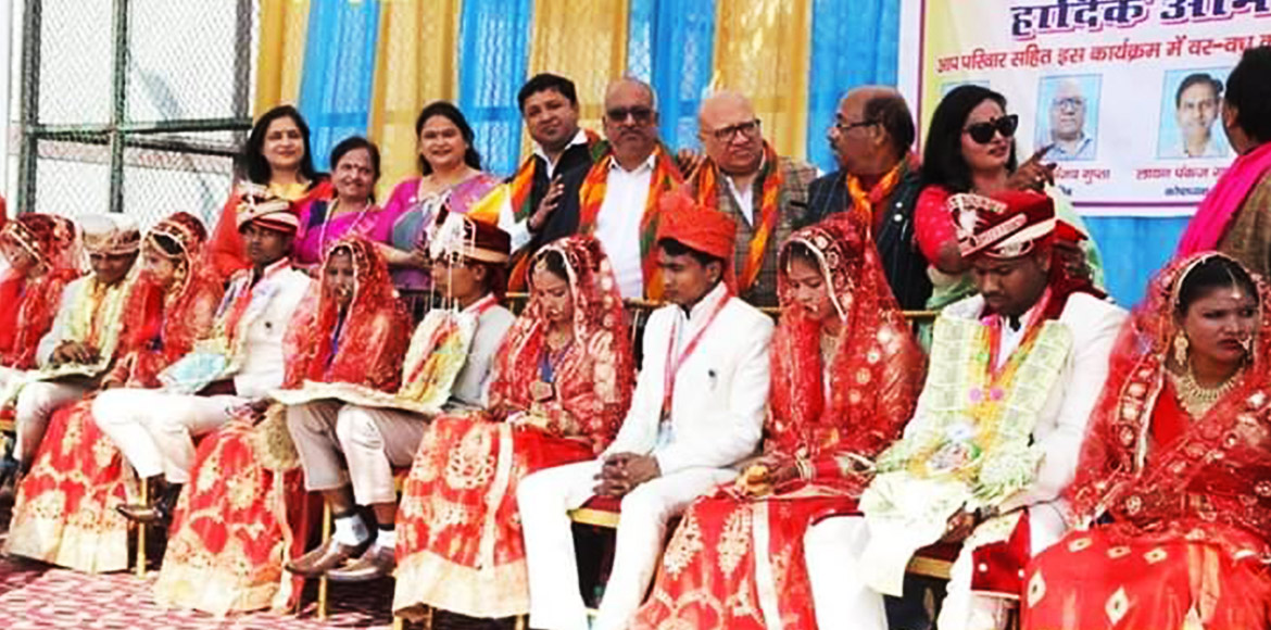 35 couples enter into wedlock in a group marriage
