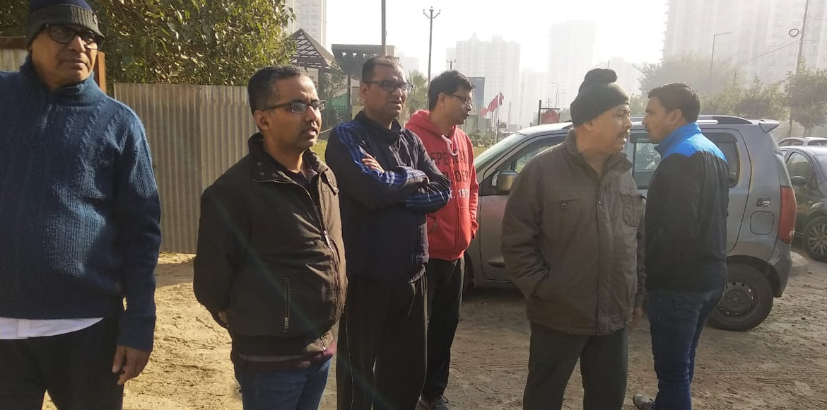 Noida: Highrise residents clean neighbourhood park at Sec 75