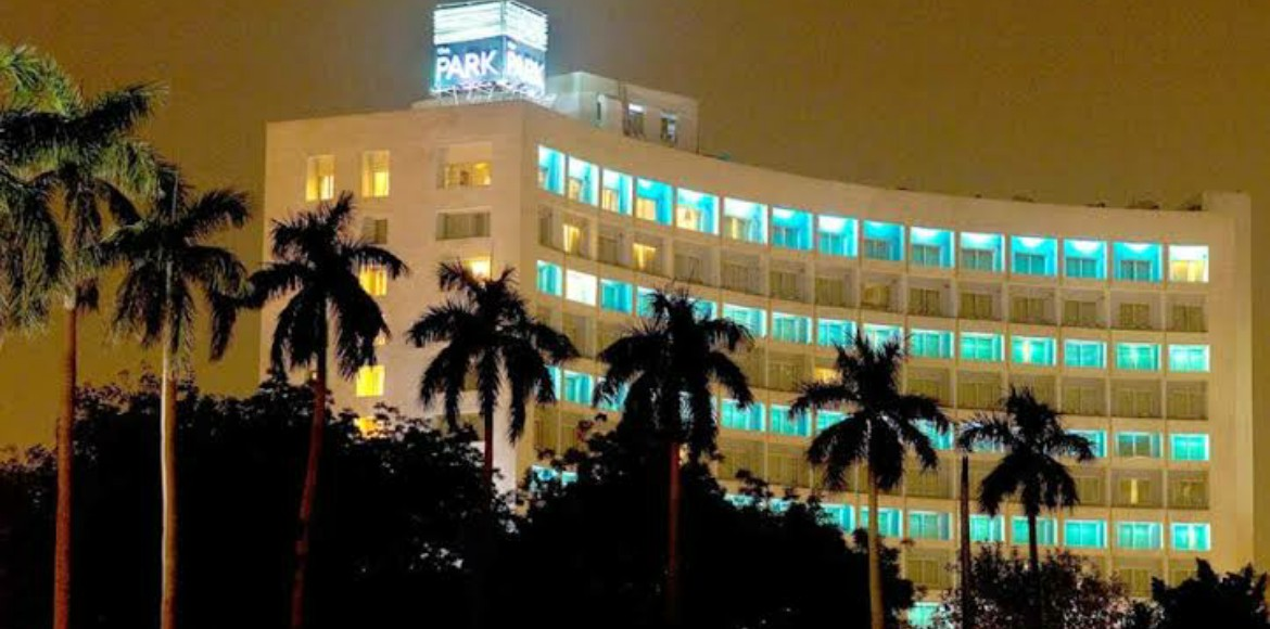 Trade license of The Park hotel suspended by NDMC