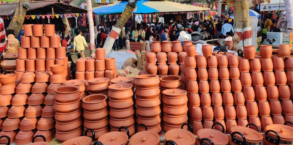 Terracotta wares a hit at Surajkund Mela