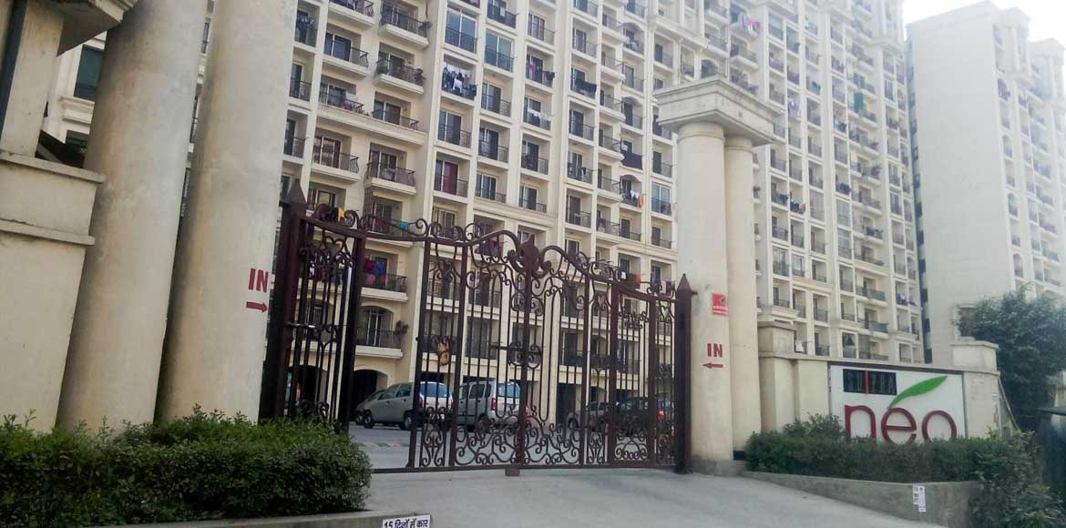 Shipra Neo residents to approach GDA over lift mal