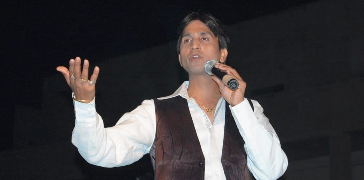 BREAKING: Popular poet Kumar Vishwas' car stolen from his Ghaziabad residence