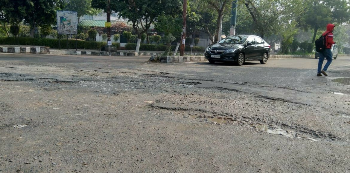 PWD to start repairing pothole-ridden stretches by
