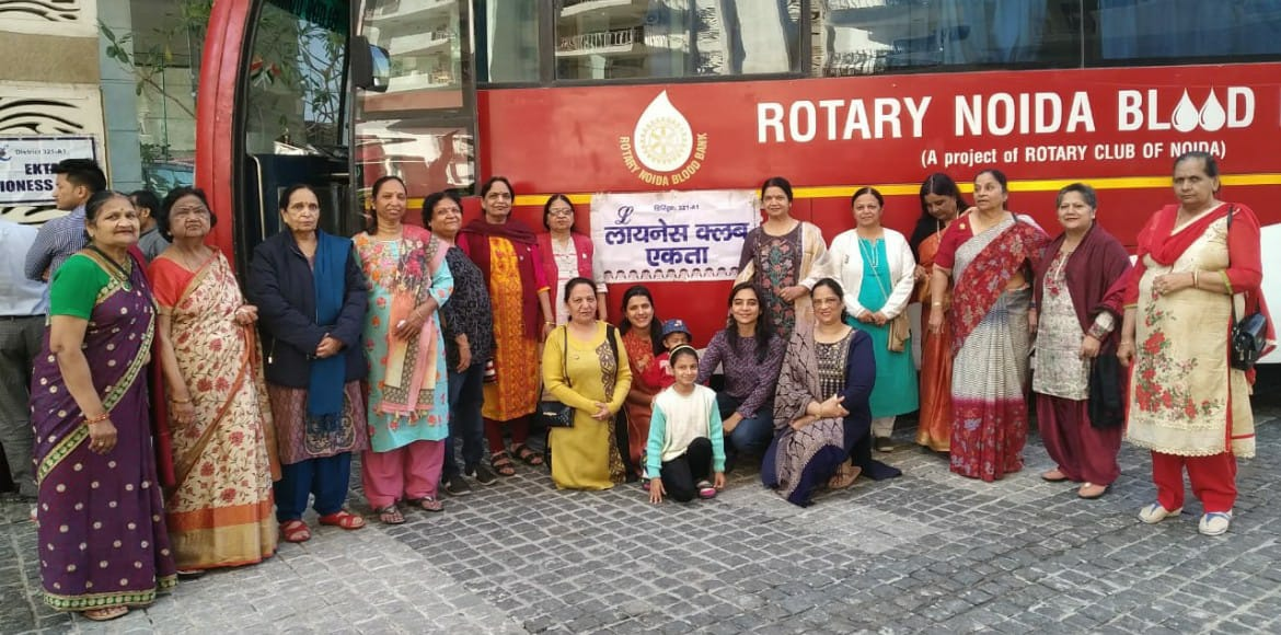 Mahagun Moderne residents pour their heart out for blood donation