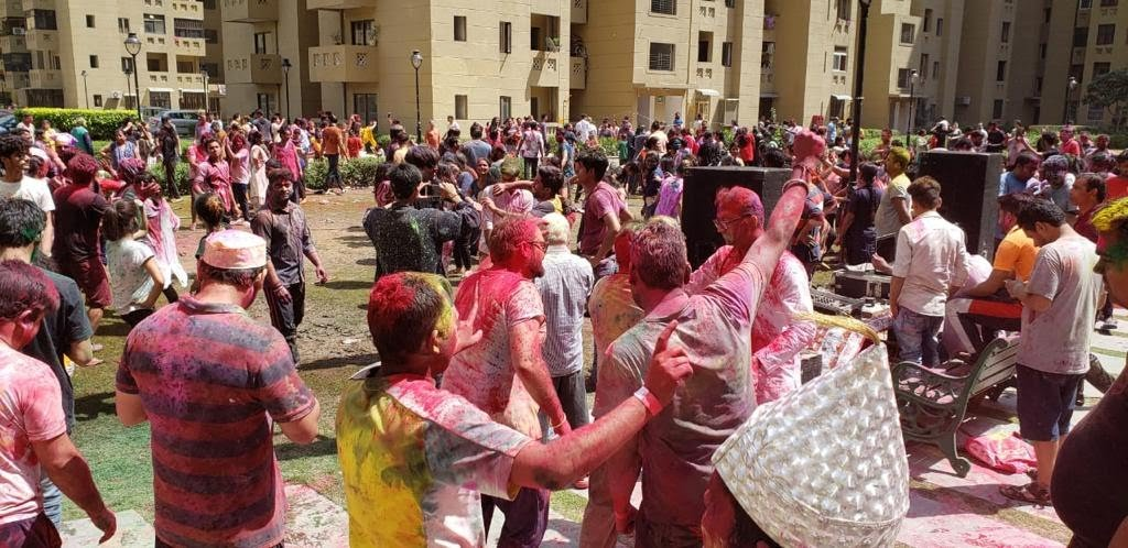 Corona scare plays spoilsport for Gurugram Holi ce