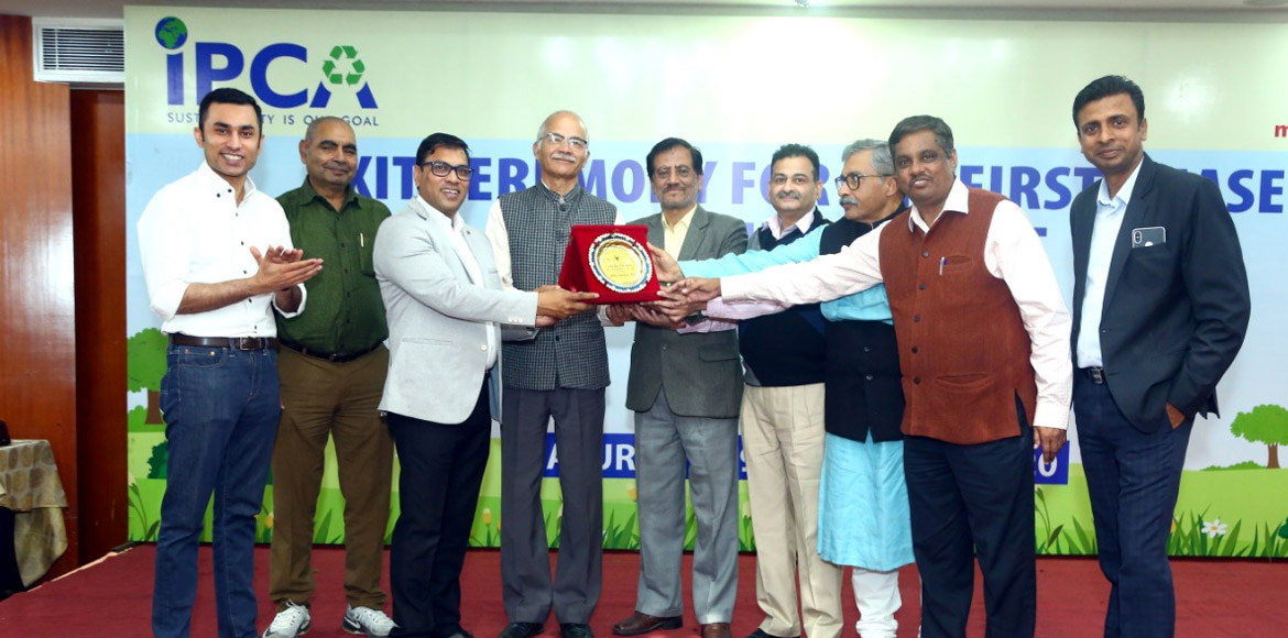 IPCA awards Indraprastha Villa for becoming zero waste society