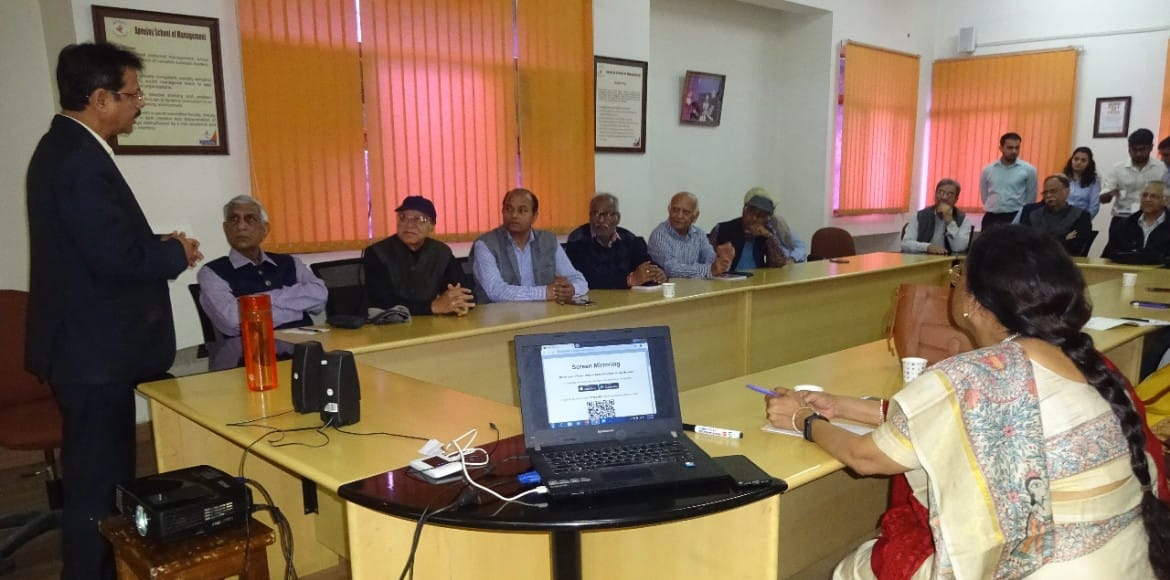 Dwarka: Apeejay School of Management empowers elders with technical workshop