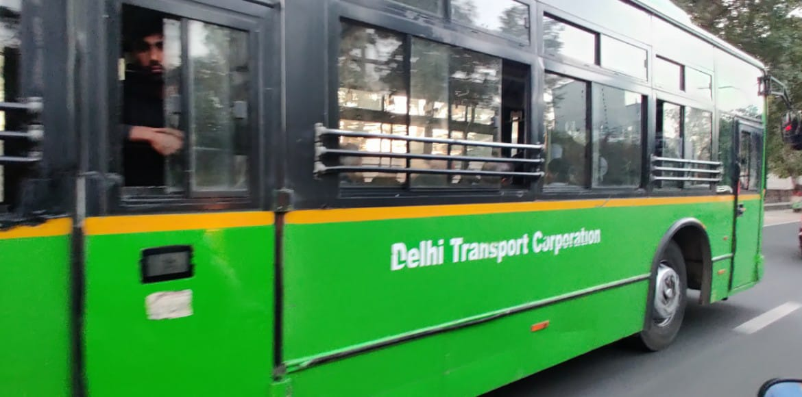 DTC bus service to start after 2 pm on Holi