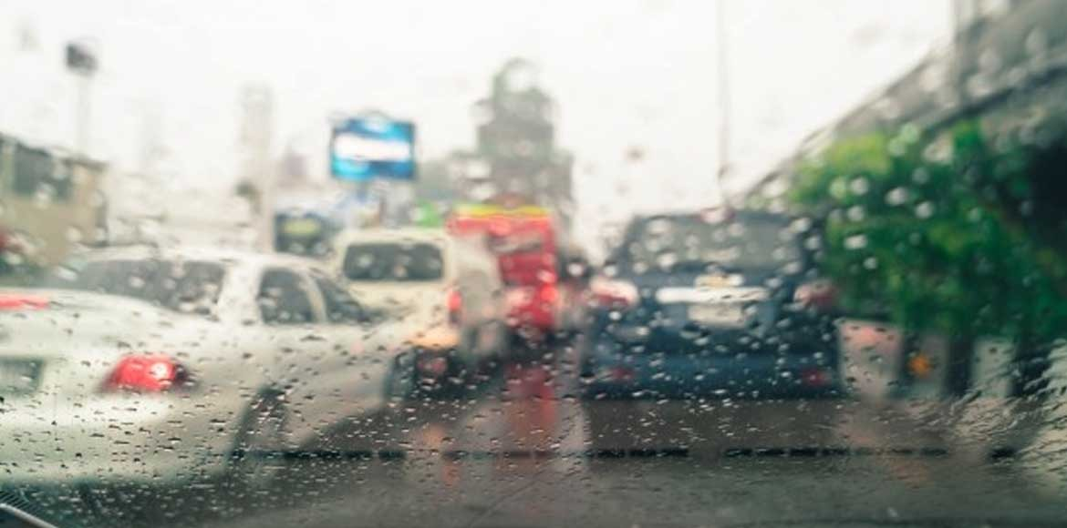 Rain drops temperature in Delhi; pleasant weather