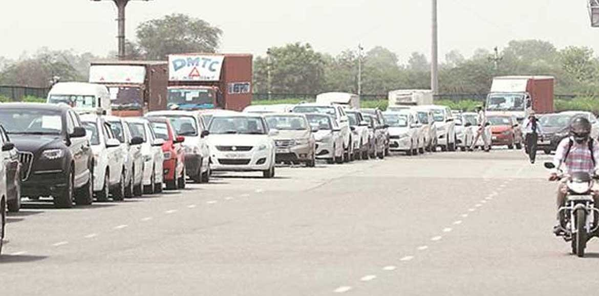 Delhi-Noida border again witnesses traffic chaos a