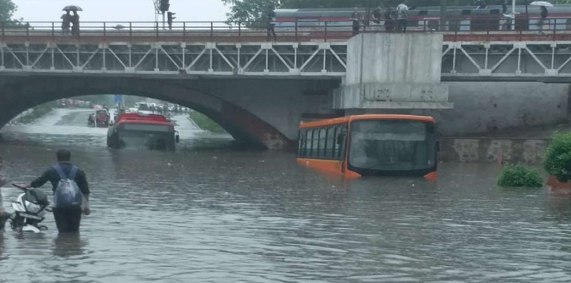 Heavy rains cause flooding in many parts of Delhi; one dead