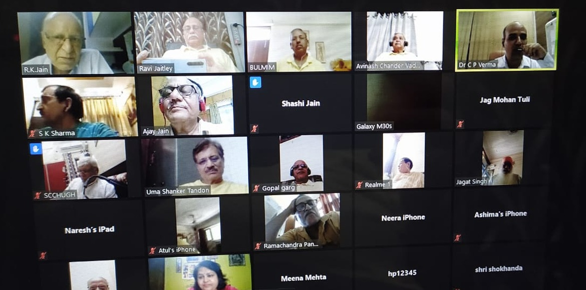 Seniors Hub Dwarka conducts webinar on knee pain