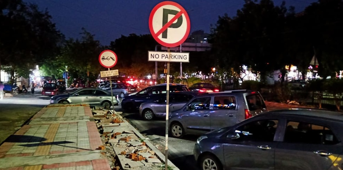 Lack of parking space remains grave issue in marke