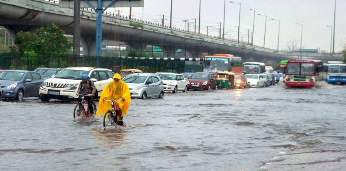 Heavy rains lash Delhi causing inundation in many