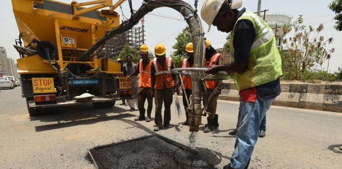 Greater Noida starts helpline for potholes; promises repair in a month