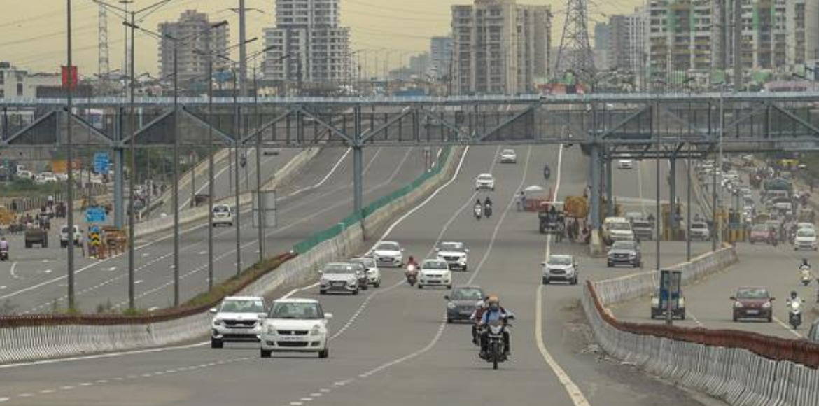 Weekend lockdown completely lifted in Noida