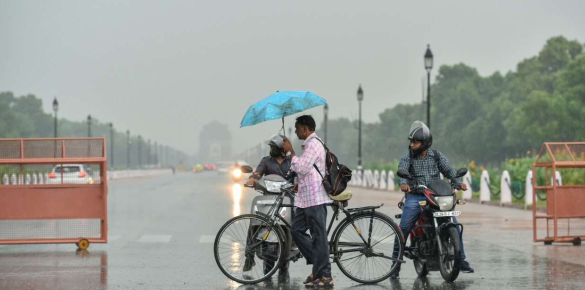 Delhi likely to receive very light rain today