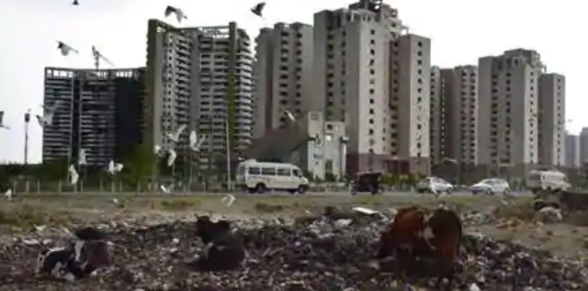 Noida Authority decides to complete sanitation wor